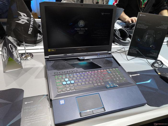 Acer-Predator-Helios-700-1